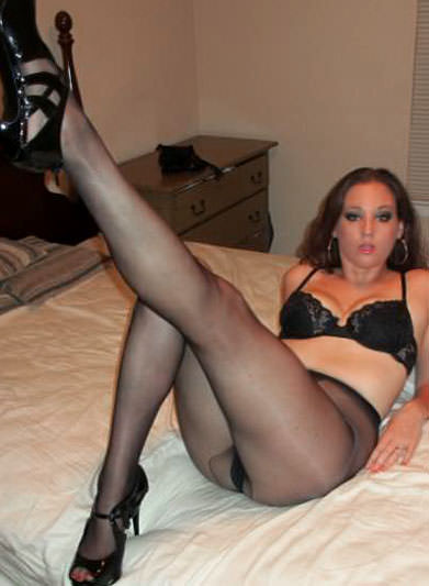 In Pantyhose Dating 67
